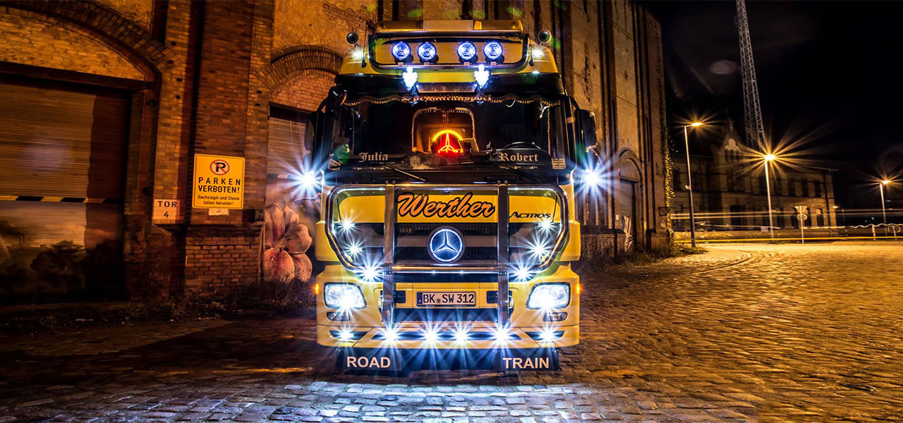 RoadStars presents: Robert Pfeiffer and his extraordinary Actros.