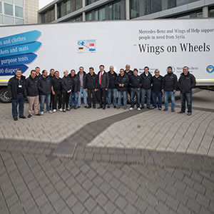 Daimler trucks va sul sicuro roadstars for Mercedes benz turkey