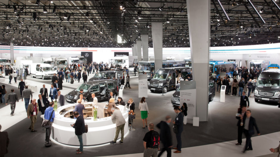 In an exhibition space covering more than 15,000 square metres in Hall 14/15, Mercedes-Benz is presenting the answers to the industry's most pressing questions.