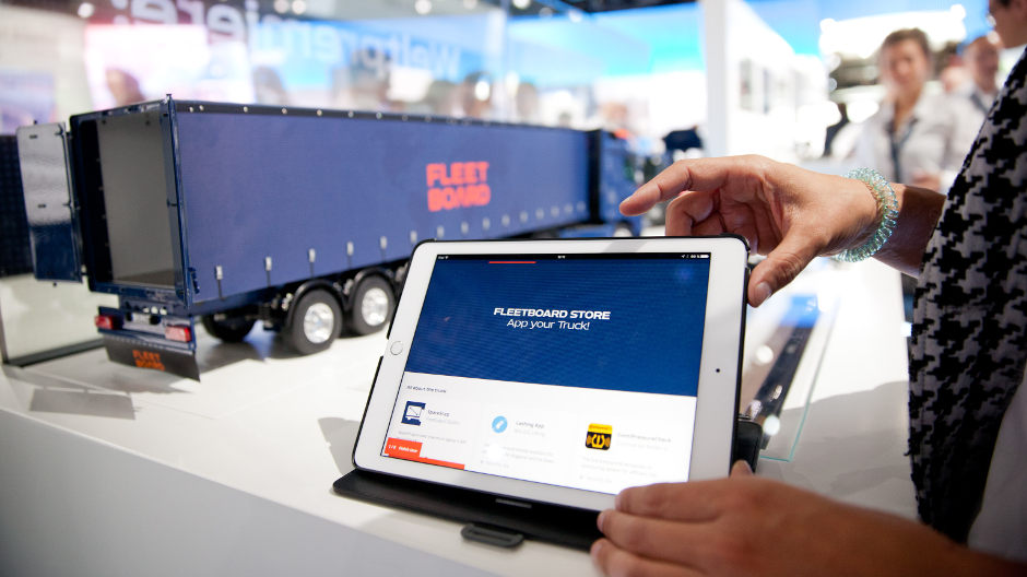 World premiere: FleetBoard is launching its new FleetBoard Store for Apps at the IAA Commercial Vehicles 2016.