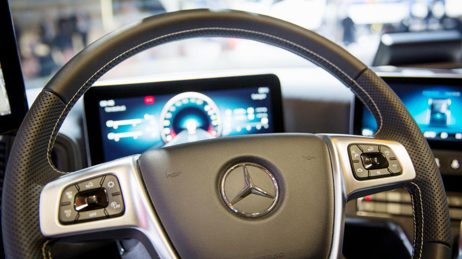 For comfortable driving, a leather steering wheel and a sound system are also on-board.