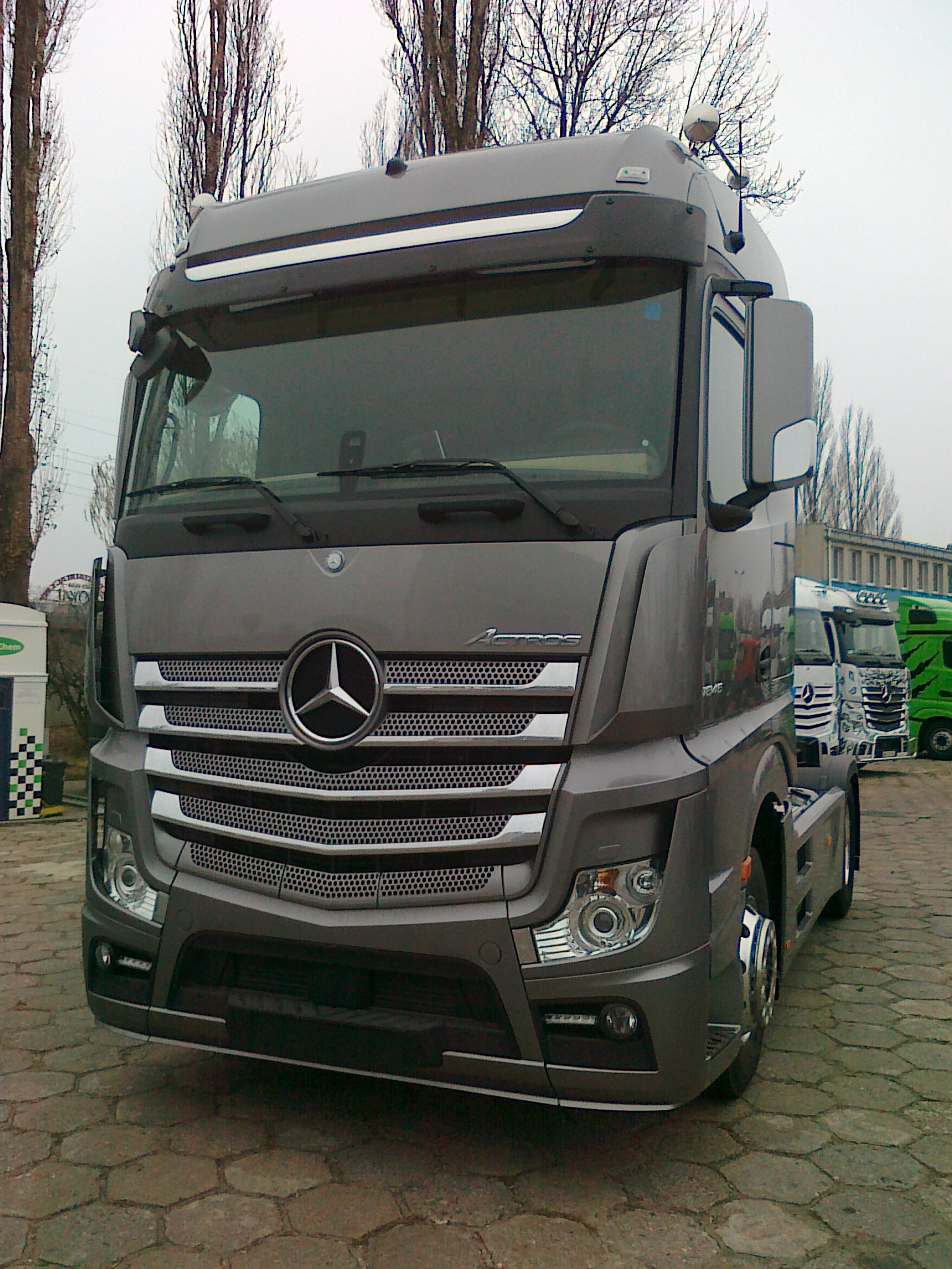 Trucker academy roadstars for Mercedes benz academy