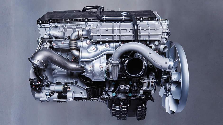 Mercedes benz om 471 the second generation roadstars for Mercedes benz diesel truck engines