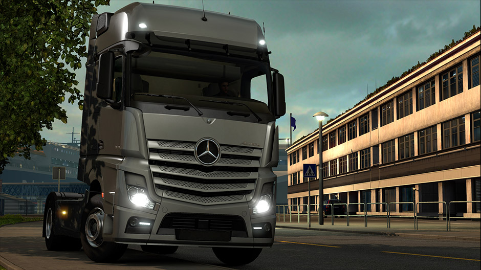 euro truck simulator 2, now with the new mercedes-benz actros