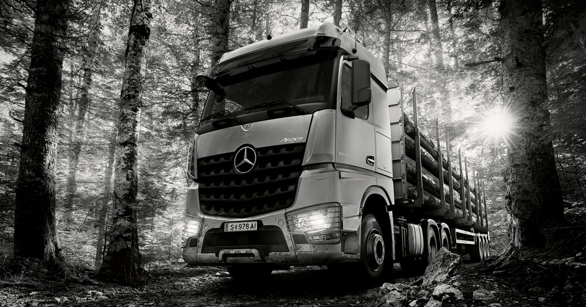 International taskforces the 2016 mercedes benz trucks for Mercedes benz calendar