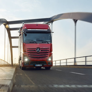 the new actros up to 250 tonnes