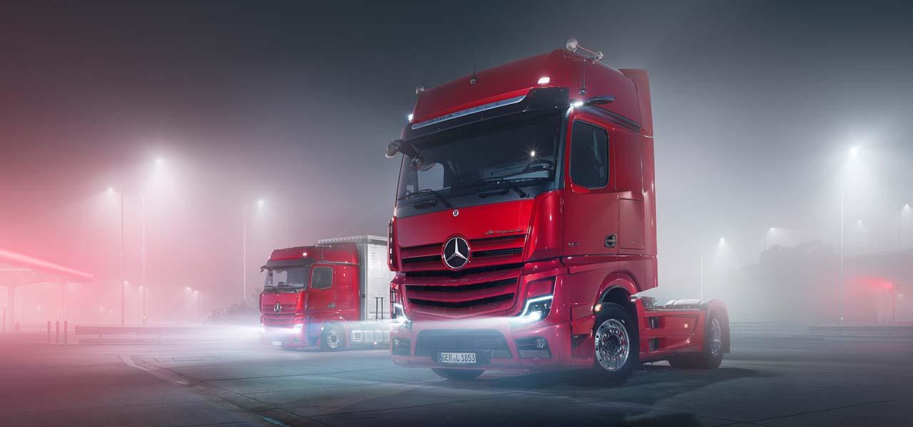 Mercedes-Benz Trucks Product World - RoadStars