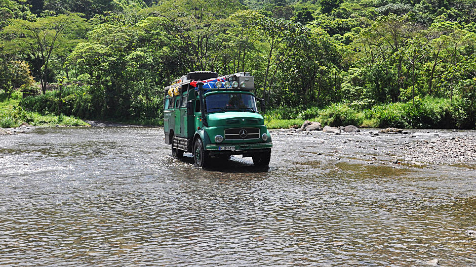 The all-wheel-drive truck didn't just prove to be the right vehicle for the demanding routes of the Panamericana – it was also well appreciated by the odd truck fan here or there.