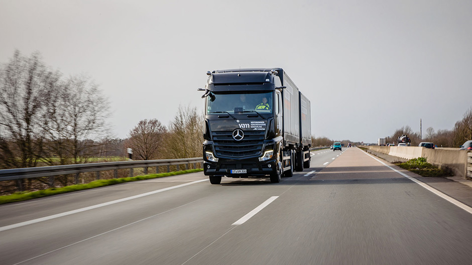 Fleet reinforcement: the Münsterland Traffic Academy (VAM) has been using the new Actros as a training vehicle since the beginning of 2020.