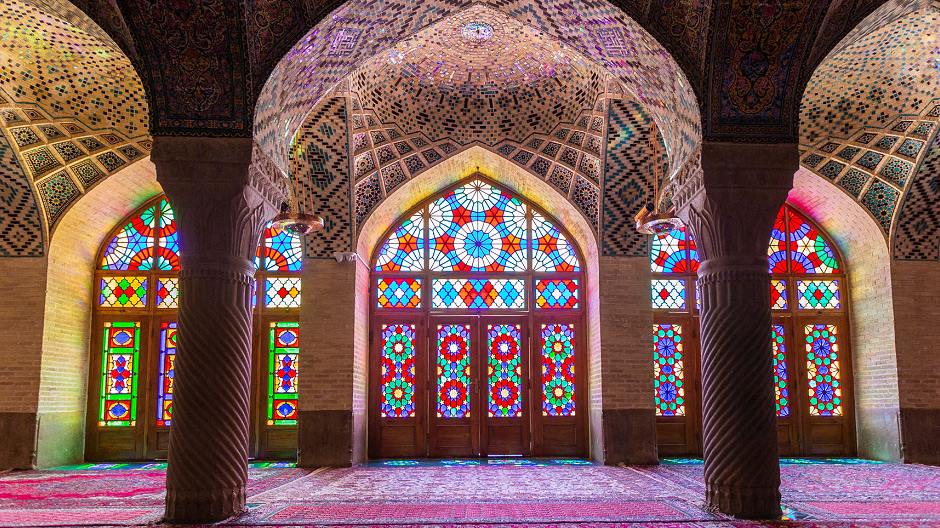 Fiendish heat and fabulously beautiful mosques: In Iran, the Kammermanns are experiencing many of the things they dreamed of before their tour.