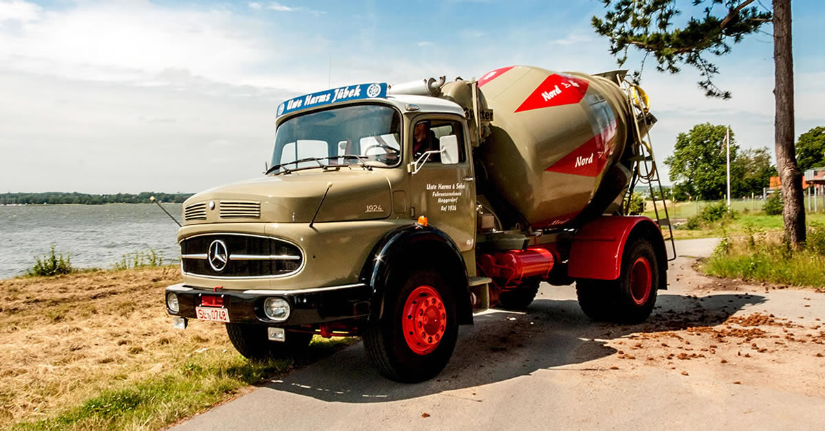 Route Mercedes Benz Truck