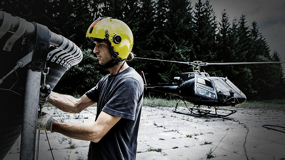 High up. Florian Kirschbaum limes forests with his helicopter. Fresh supplies are brought in by an Arocs and an Actros.