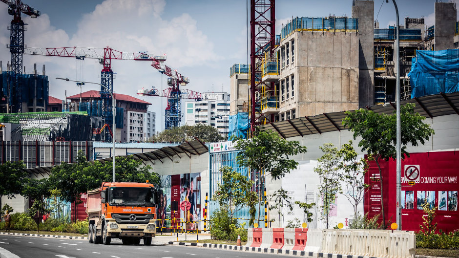 Experts for public building projects. Huationg Global Limited is one of the top-ranking service providers for large infrastructure projects in Singapore.
