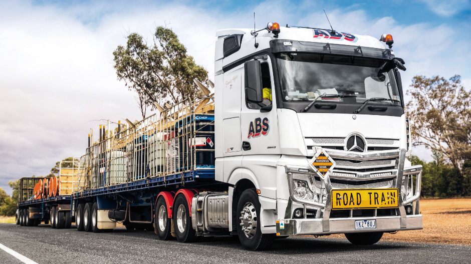 Pulled by an Actros 2653, Dale Koutlis's road train is about 36 metres long. To ensure full control, the front trailer must be heavier.