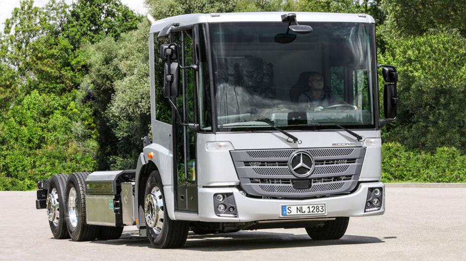 Neuheiten auf der gr ten kommunalmesse sterreichs for Mercedes benz austria