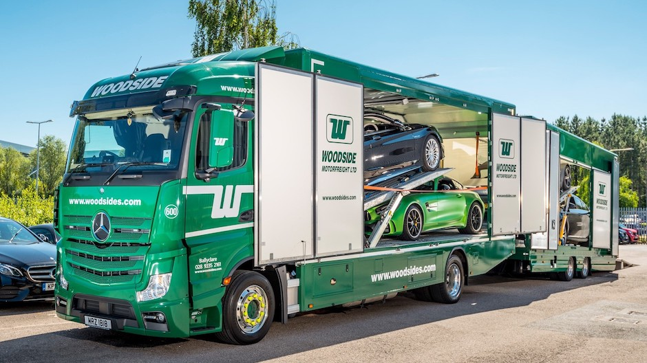 Actros delivers the stunning mercedes amg gt r roadstars for Mercedes benz service a checklist