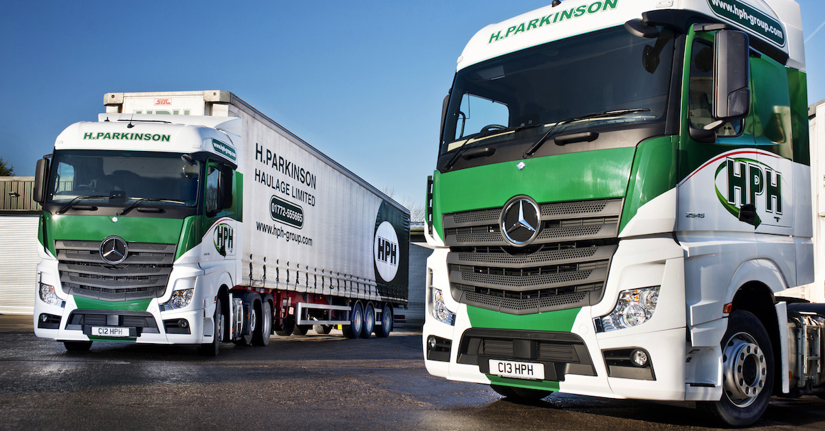 Mercedes benz actros fuel challenger wins its place in hph for Mercedes benz fleet
