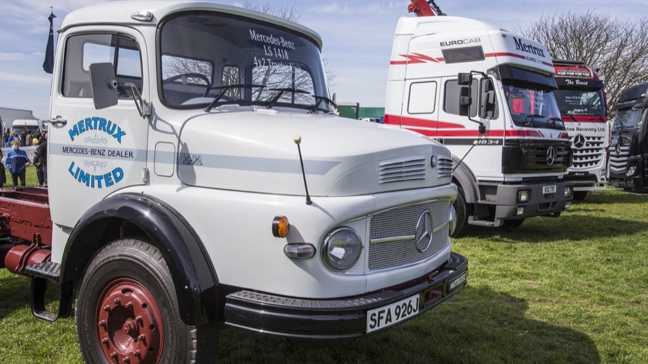 Truckfest peterborough 2016 recap roadstars for Mercedes benz family discount