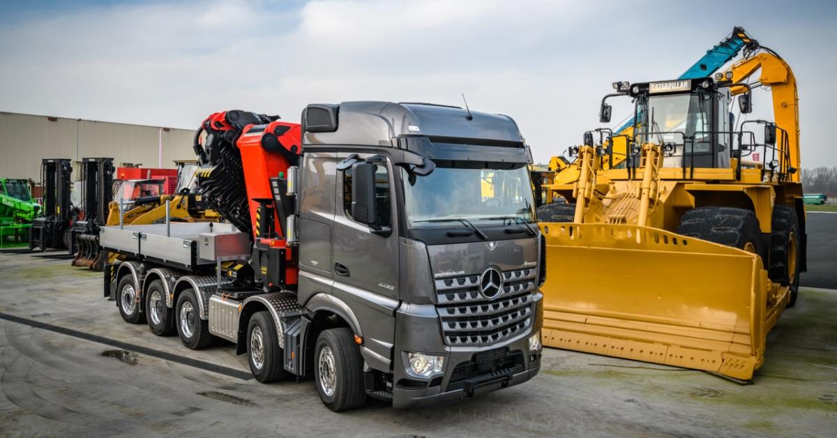 Unieke Arocs 4553 Lk 10x4 Met Zware Autolaadkraan Voor Geurts Trucks